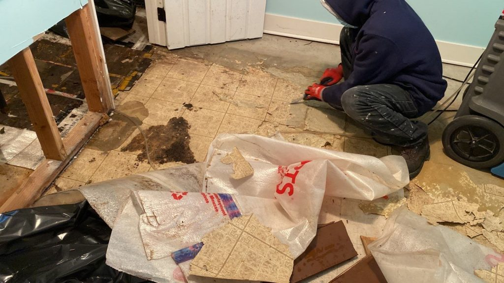 Water leak requiring mold remediation services on the drywall